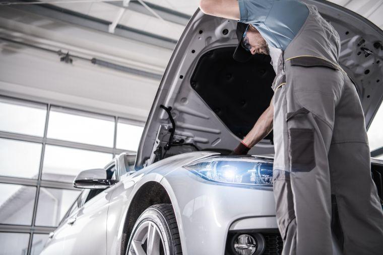 Kontrolle Ihres Wagens in der Werkstatt des Autohaus Dendl in Dingolfing