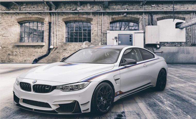 Weisser, sportlicher BMW des Autohaus Dendl in Dingolfing